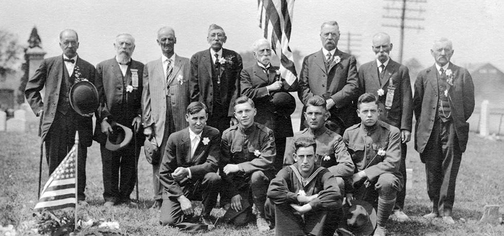 Image.  Civil War and World War I veterans at a Memorial Day ceremony in Ripley, New York