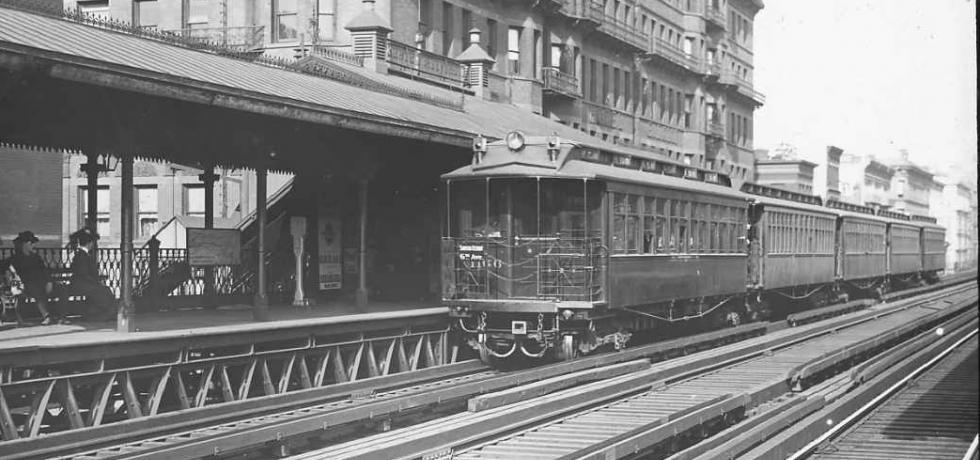 Image. Electric Elevated Train in New York City